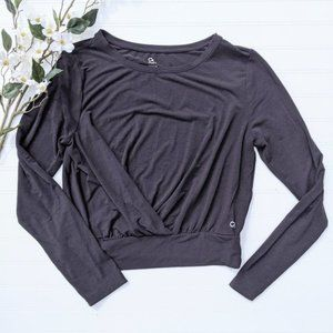 GapFit Breathe Black Pleated/Fold-over Front Top